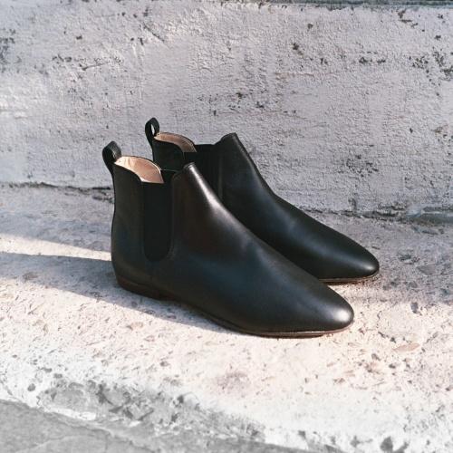 Parsa Chelsea Boots, black
