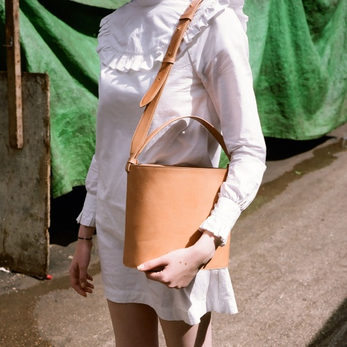 Champagne Bucket Bag, natural
